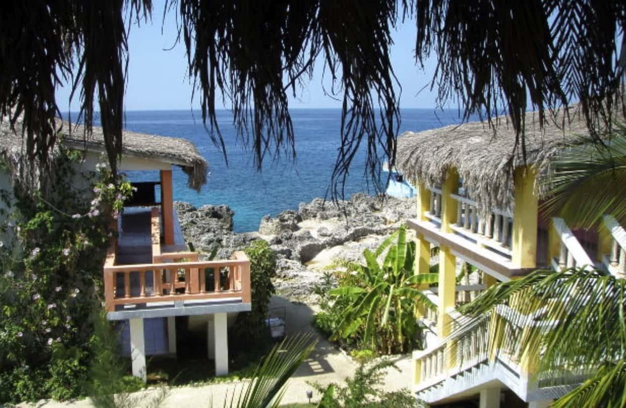 Doctor's Cove Beach