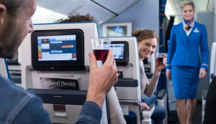Drinking On A Plane Good Or Bad Idea