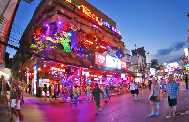 The Nightlife In Phuket